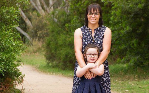 Đưa con đi khám mắt định kỳ, kết quả chẩn đoán của bác sĩ khiến người mẹ đau đớn