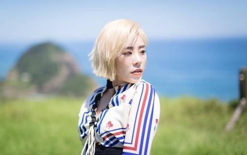 """MAMAMOO vừa comeback, 1 thành viên trong nhóm bất ngờ thông báo """"ra riêng"""""""