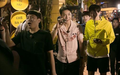 """""""Ngộ Không"""" Lee Seung Gi cùng dàn sao Hàn hội ngộ HLV Park Hang Seo tại nhà hàng Quán Ăn Ngon – Hà Nội"""