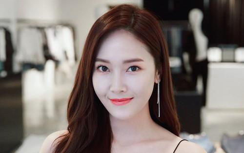 """Jessica flop """"sấp mặt"""" tại Hàn nhưng lọt Top idol bán nhạc chạy nhất tại Trung bên cạnh Big Bang, EXO"""