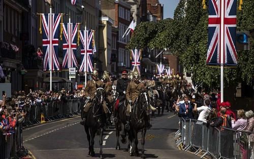 Hé lộ hình ảnh buổi diễn tập siêu hoành tráng trước thềm đám cưới Hoàng gia Anh