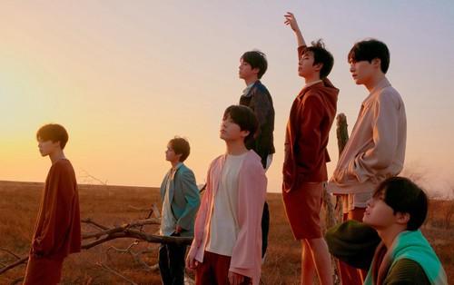 """BTS tự """"soán ngôi"""": Đạt 10 triệu view Youtube trong thời gian ngắn kỉ lục"""