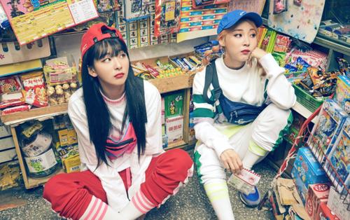 Bộ đôi MAMAMOO và Red Velvet cưng hết sức trong ảnh nhá hàng mới
