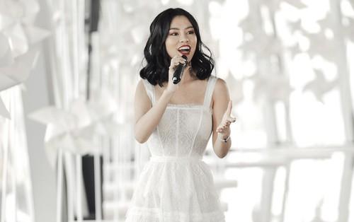 """Đây là ca khúc """"gây thương nhớ"""" cho khách mời sau show thời trang của NTK Chung Thanh Phong"""