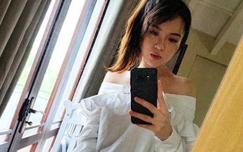 Chỉ một tháng sau khi sinh em bé, hotgirl Tú Linh đã lấy lại vóc dáng thon thả đáng mơ ước
