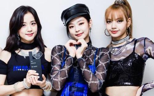Giành thêm một chiến thắng nữa, Black Pink bám sát BTS về kỉ lục số cúp nhận được trong năm 2018