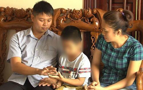 Gia đình muốn hai con bị trao nhầm về sống chung một nhà, không quan trọng vấn đề bồi thường