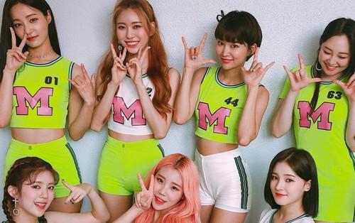 Show Kpop cuối tuần: Black Pink không diễn bài hát chủ đề, MOMOLAND bất ngờ vào top 3 sau 3 tuần quảng bá