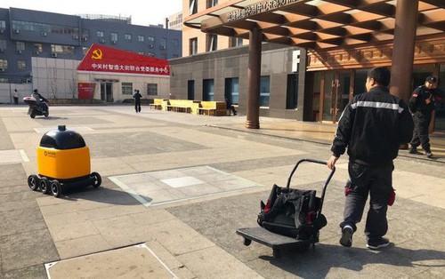 Trung Quốc: Robot vận chuyển