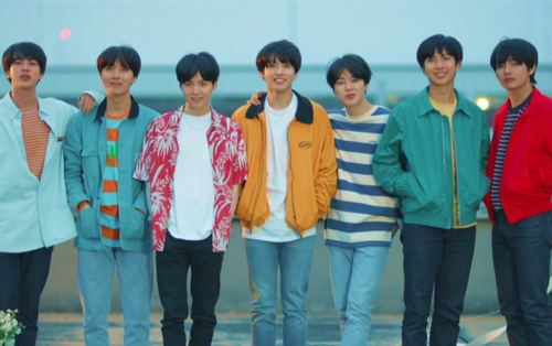 Âm nhạc Hàn Quốc trong năm 2018: Ba bức tường thành định kiến nào đang dần sụp đổ?