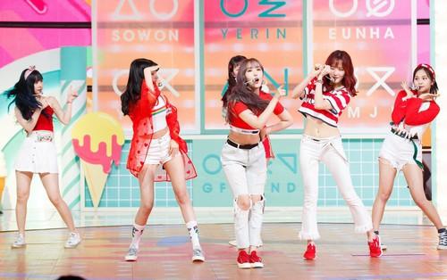 """Đây là nhóm nhạc nữ có vũ đạo """"sắc như dao"""" mà girlgroup thuộc Big 3 cũng phải ngậm ngùi chịu thua"""