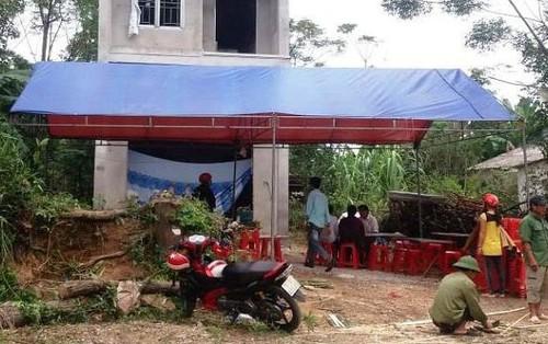 Xuất hiện mảnh giấy lạ tại ngôi nhà 2 vợ chồng chết bất thường ở Thanh Hóa