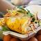 Bánh tráng chiên - món ăn vặt tưởng bị lãng quên bỗng xuất hiện trở lại ở Sài Gòn