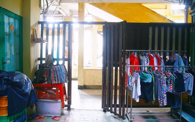 """Cuộc sống tại chung cư Trúc Giang - Nơi quay bối cảnh bộ phim """"Có căn nhà nằm nghe nắng mưa"""""""