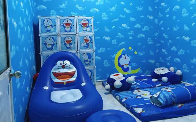 Căn phòng nhìn đâu cũng thấy Doraemon xanh lè của thanh niên vừa tròn 30 tuổi