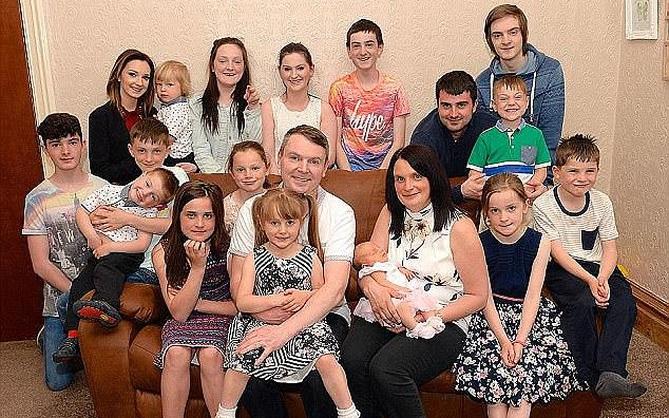 Gia đình 20 con sợ đẻ tiếp vì lý do không thể ngờ tới