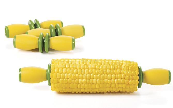 3 dụng cụ thiết kế riêng cho việc ăn ngô nhưng đặc biệt vô dụng