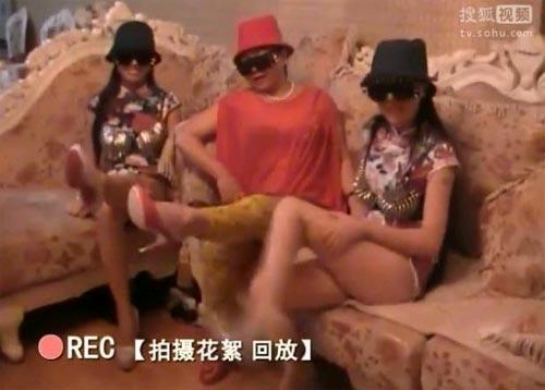 clip-me-con-can-lo-lo-nhay-gangnam-style