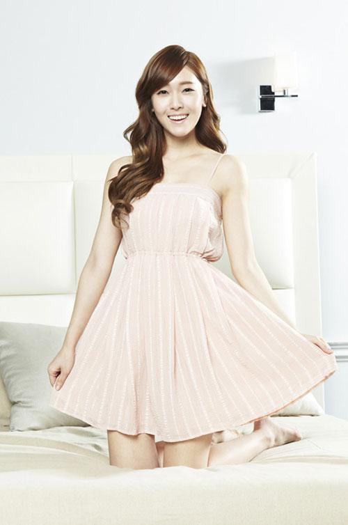 SNSD cho Seohyun ở nhà khi ra ngoài tiệc tùng? 11