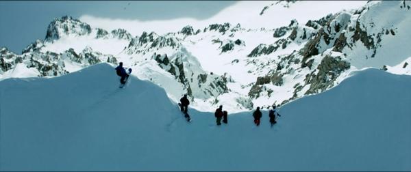 """""""Point Break"""" - Chuyến phiêu lưu mạo hiểm sẽ khiến người xem toát mồ hôi - Ảnh 7."""