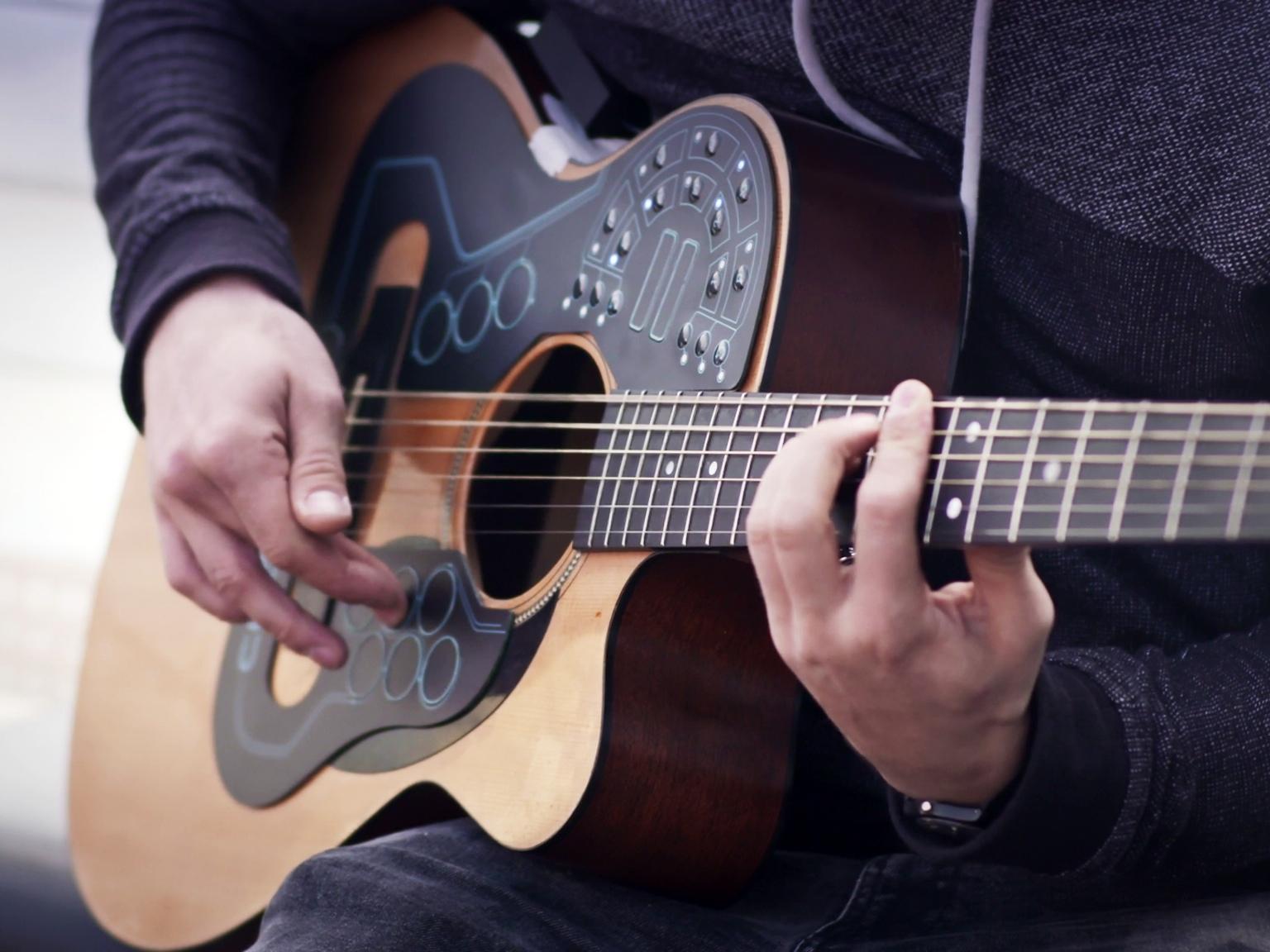 Guitar điện tử siêu việt kết hợp mọi loại nhạc cụ trong một - Ảnh 2.