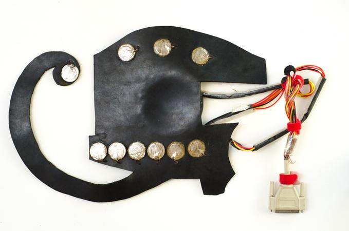 Guitar điện tử siêu việt kết hợp mọi loại nhạc cụ trong một - Ảnh 5.