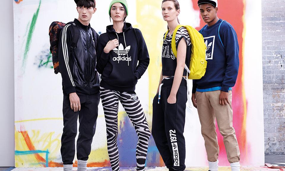 Zara, H&M, Topshop đang dần thất thế trước thời trang thể thao? - Ảnh 1.