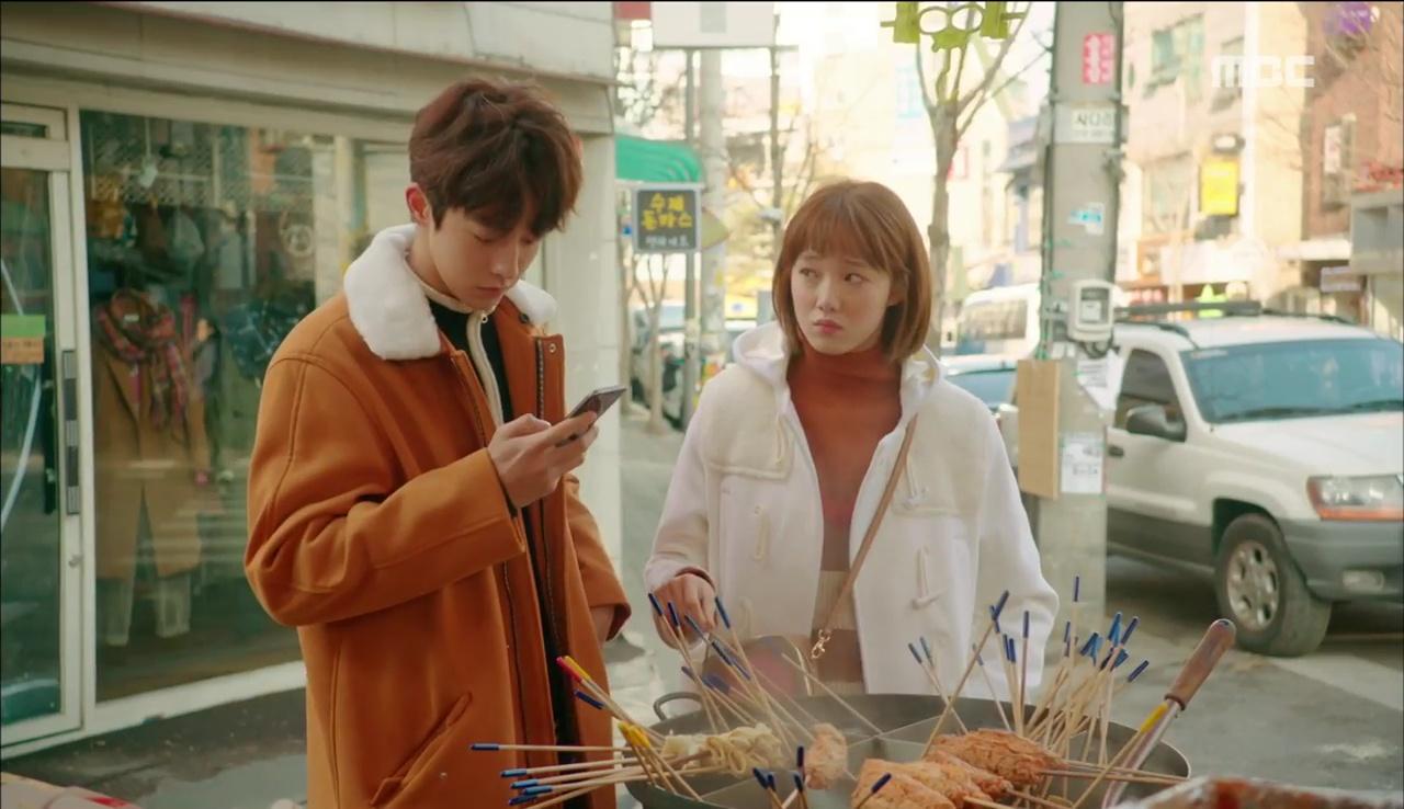 """Đến lượt cô ngố Lee Sung Kyung nếm mùi ghen tuông trong """"Tiên Nữ Cử Tạ"""" - Ảnh 1."""