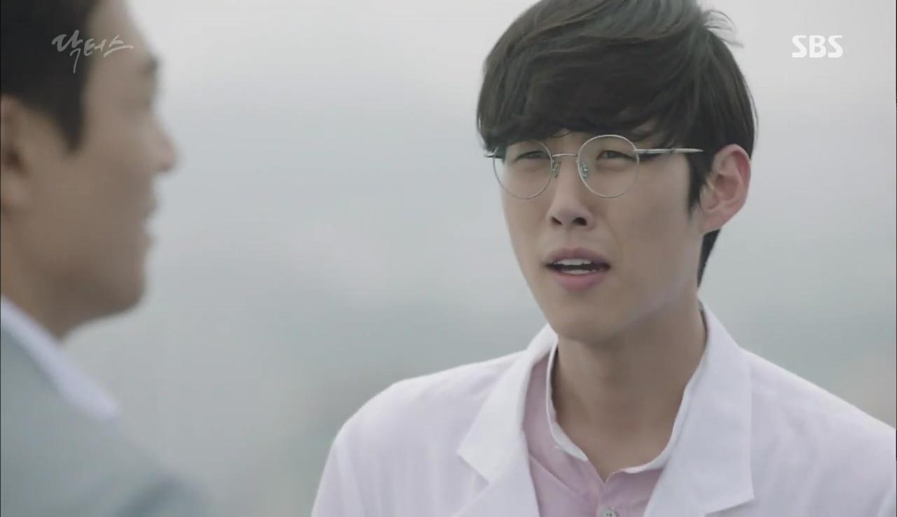 """Có một người sau 13 năm đã tái ngộ Park Shin Hye trong """"Doctors"""" - Ảnh 2."""