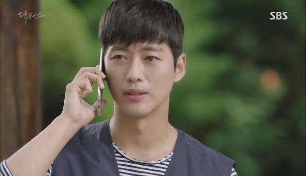 Doctors: Tí nữa thôi, Kim Rae Won – Park Shin Hye đã có cảnh giường chiếu - Ảnh 15.