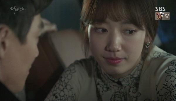 """""""Doctors"""": Vừa từ chối Lee Sung Kyung, Yoon Kyun Sang đã bị bà cô cưa cẩm - Ảnh 21."""