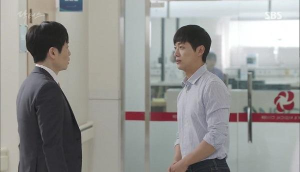 Doctors: Tí nữa thôi, Kim Rae Won – Park Shin Hye đã có cảnh giường chiếu - Ảnh 31.