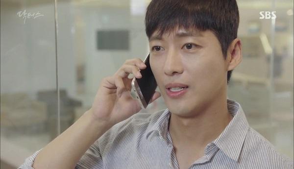 """""""Doctors"""": Vừa từ chối Lee Sung Kyung, Yoon Kyun Sang đã bị bà cô cưa cẩm - Ảnh 34."""