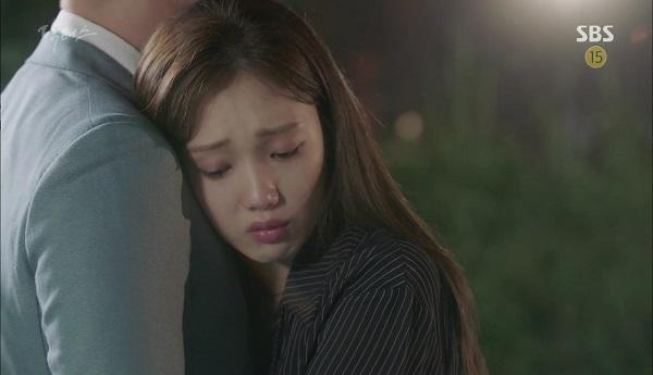 """""""Doctors"""": Vừa từ chối Lee Sung Kyung, Yoon Kyun Sang đã bị bà cô cưa cẩm - Ảnh 1."""