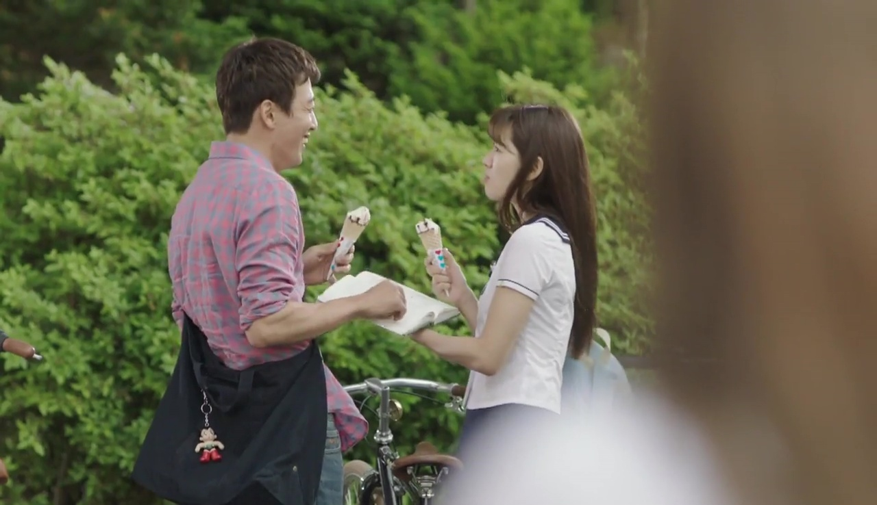 Park Shin Hye bị Lee Sung Kyung ghen tị vì Kim Rae Won - Ảnh 2.