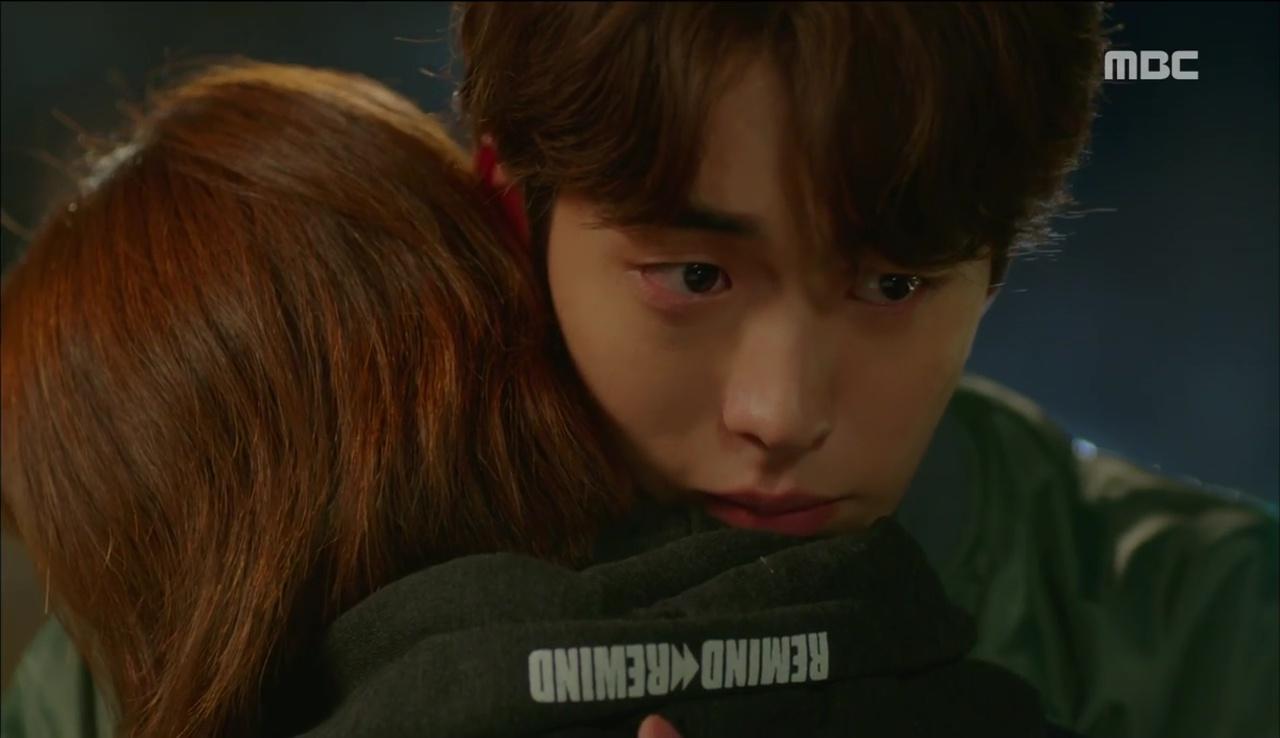 Tiên Nữ Cử Tạ: Sau tất cả, Lee Sung Kyung bật khóc nức nở trên vai Nam Joo Hyuk - Ảnh 3.