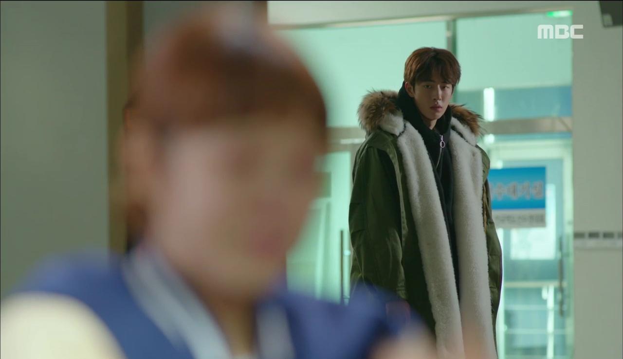 Tiên Nữ Cử Tạ: Sau tất cả, Lee Sung Kyung bật khóc nức nở trên vai Nam Joo Hyuk - Ảnh 6.