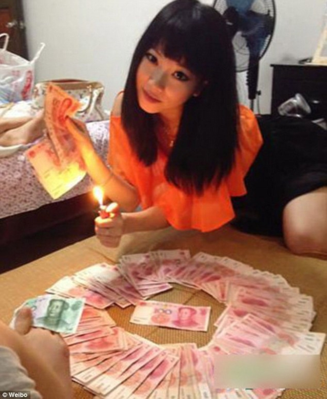 Những điều ít người biết về cuộc sống xa hoa của những thiên kim tiểu thư nhà giàu ở Trung Quốc - Ảnh 6.