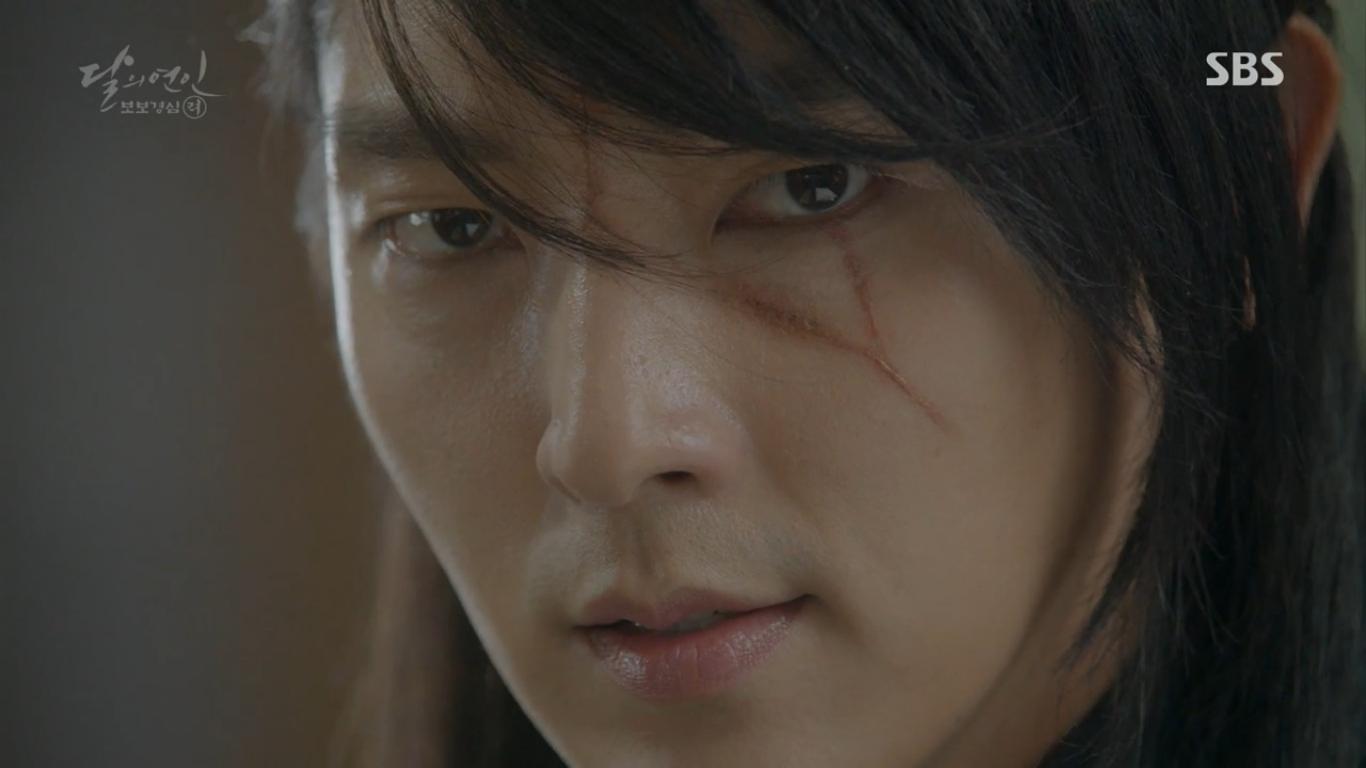 Moon Lovers: Tứ hoàng tử Lee Jun Ki chính thức hạ chiếc mặt nạ trước mặt IU - Ảnh 12.