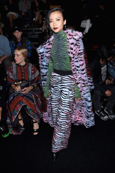 Show H&M x Kenzo tại New York: Suboi diện thiết kế mới nhất, ngồi hàng ghế đầu cùng loạt sao đình đám - Ảnh 1.