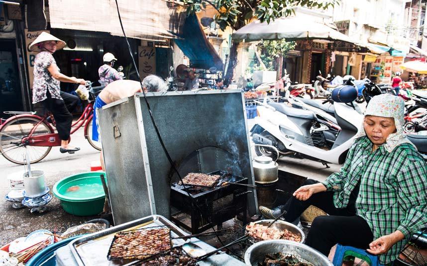 Báo Anh bình chọn Hà Nội là thành phố có ẩm thực hấp dẫn nhất thế giới! - Ảnh 1.