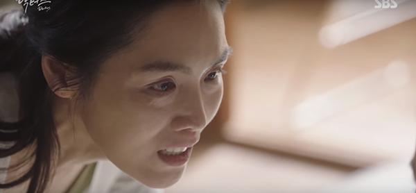 Đài SBS chơi trội, hé lộ tuổi thơ đen tối của Park Shin Hye lên mạng - Ảnh 12.