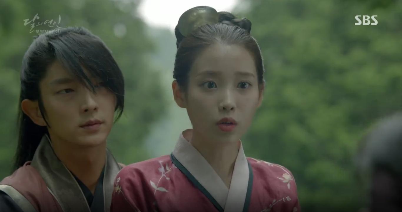 Moon Lovers: Anh Tư Lee Jun Ki xấu số, uống phải trà hạ độc từ chính mẹ mình - Ảnh 9.