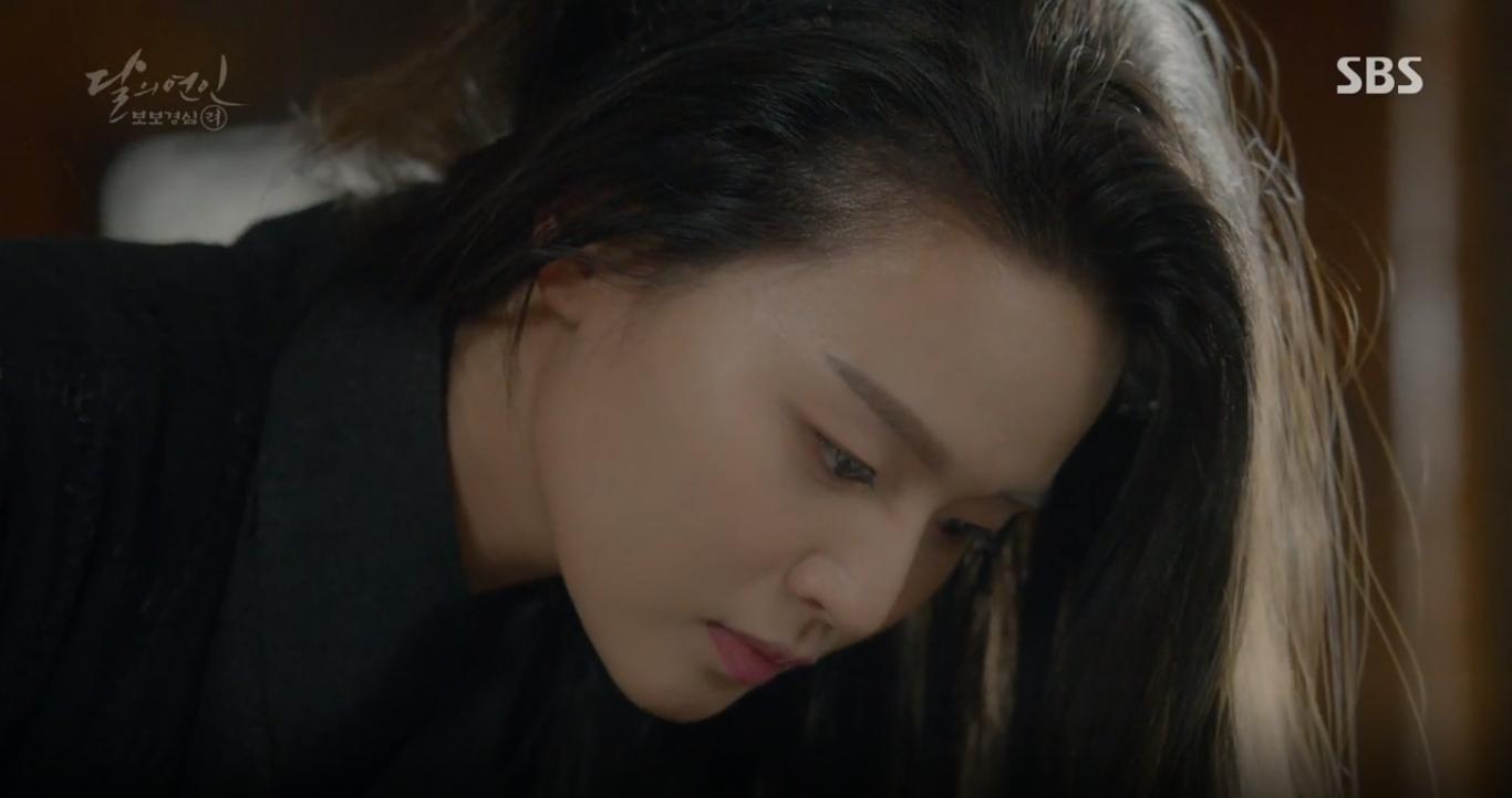 """Moon Lovers: """"Mười"""" Baekhyun suýt toi mạng dưới tay… bố vợ - Ảnh 4."""