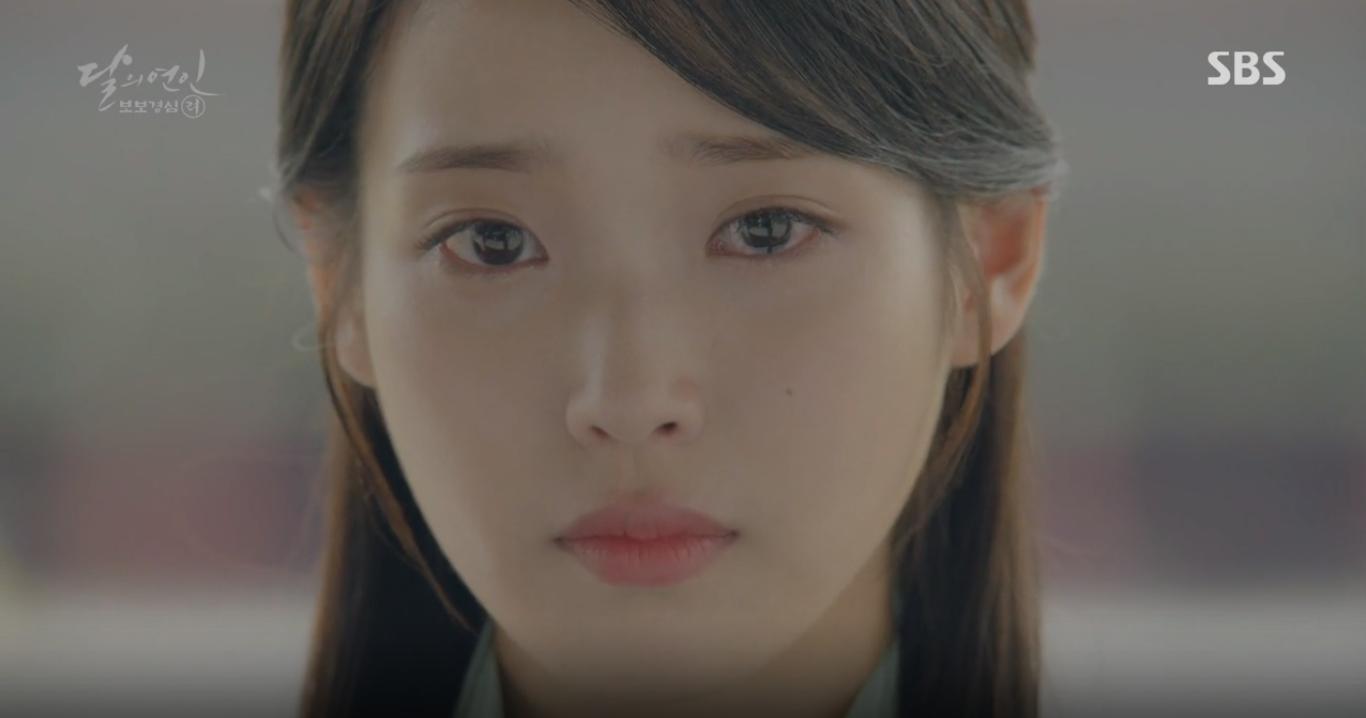 """""""Moon Lovers"""": Mặc cảm tội lỗi, Seohyun gieo mình tự vẫn - Ảnh 21."""