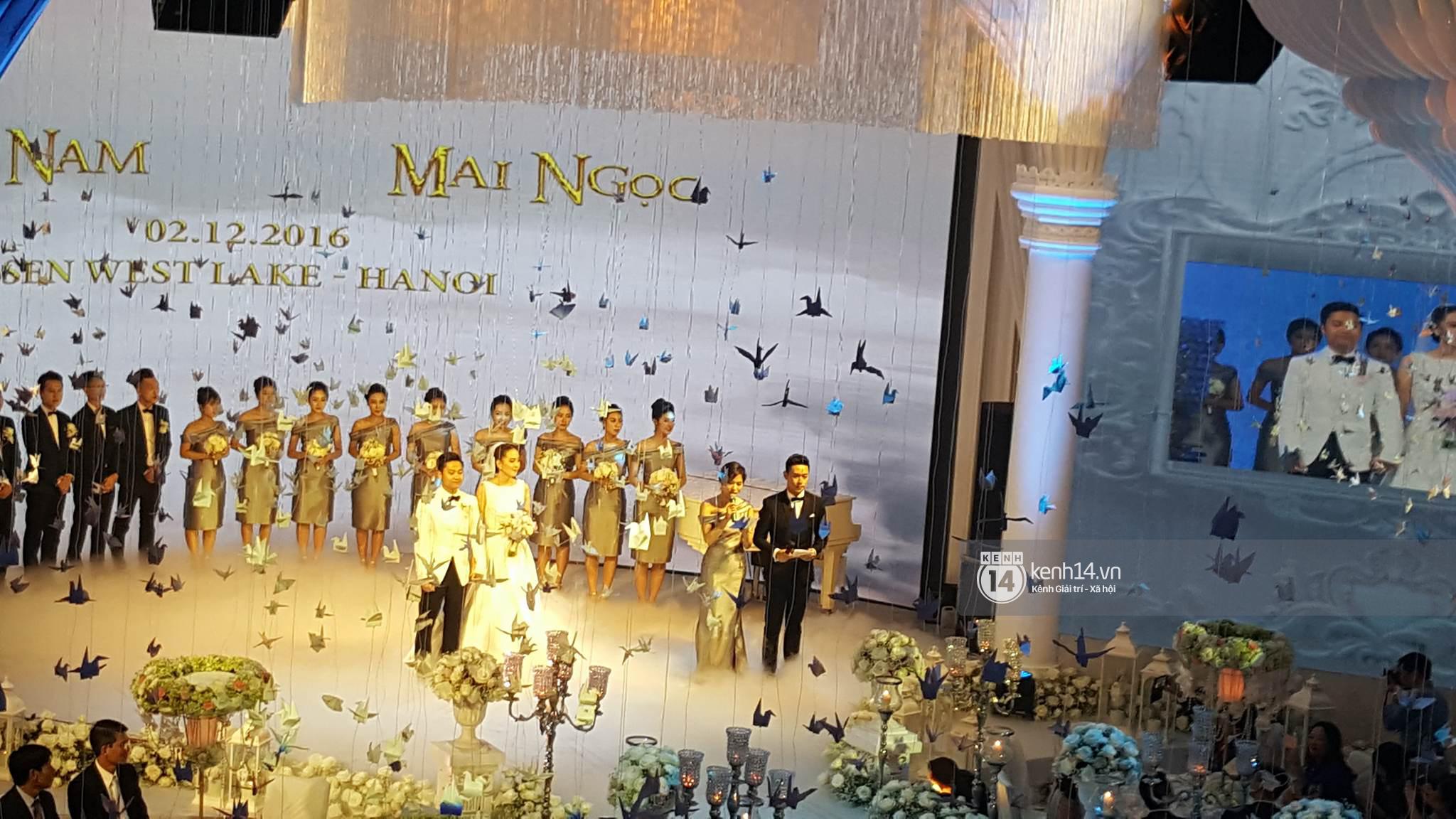 Đám cưới MC Mai Ngọc: Không gian lộng lẫy, cầu kỳ, xứng đáng là đám cưới sang chảnh nhất Hà Nội hôm nay - Ảnh 21.