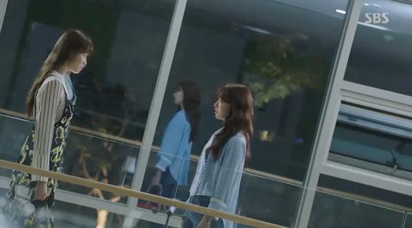 Sau Song Joong Ki, lại thêm Kim Rae Won cưa cẩm bằng trực thăng - Ảnh 12.