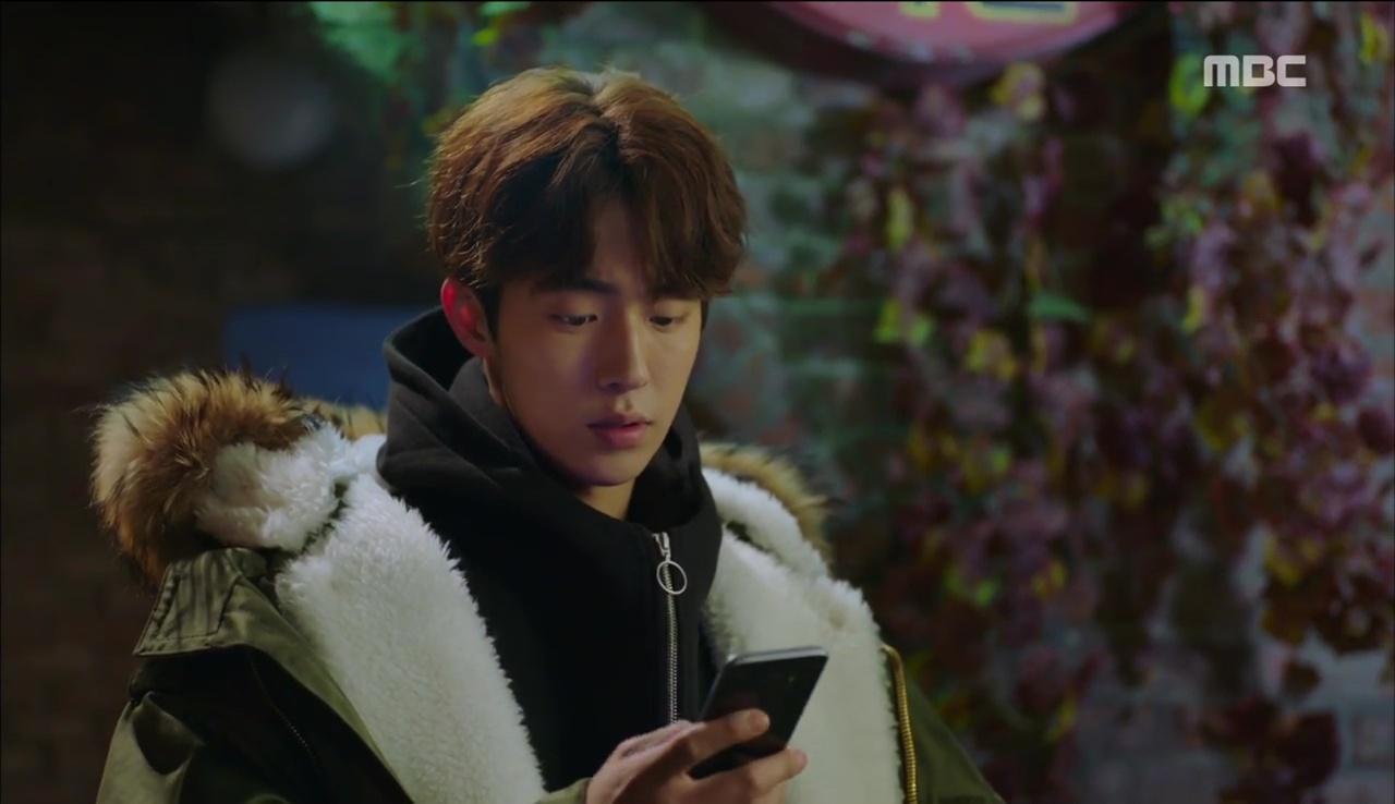 Tiên Nữ Cử Tạ: Sau tất cả, Lee Sung Kyung bật khóc nức nở trên vai Nam Joo Hyuk - Ảnh 11.