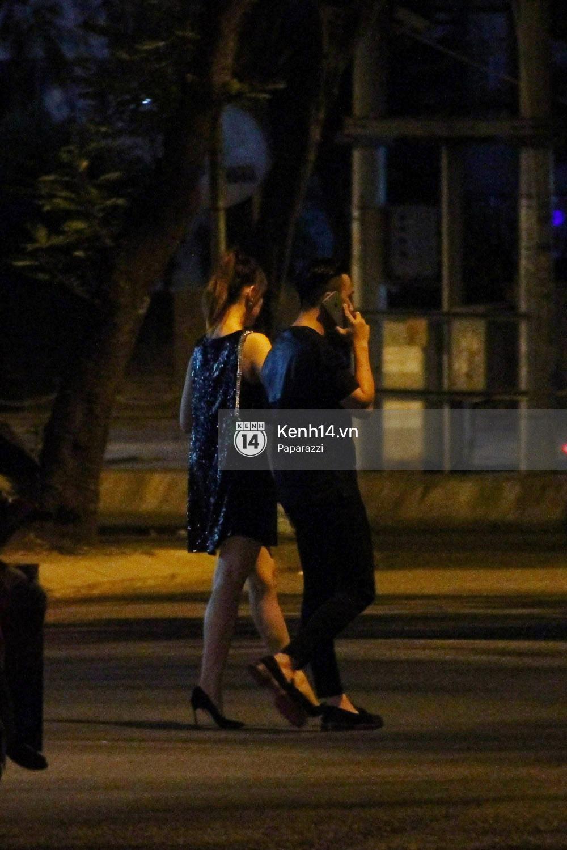 Sau sự kiện, Trấn Thành - Hari Won đi ăn đêm ở quán lề đường cùng bạn đến nửa đêm - Ảnh 12.