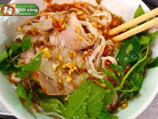 Báo Anh bình chọn Hà Nội là thành phố có ẩm thực hấp dẫn nhất thế giới! - Ảnh 3.